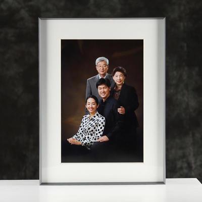 Brushed anodize aluminum frames for family photos custom size